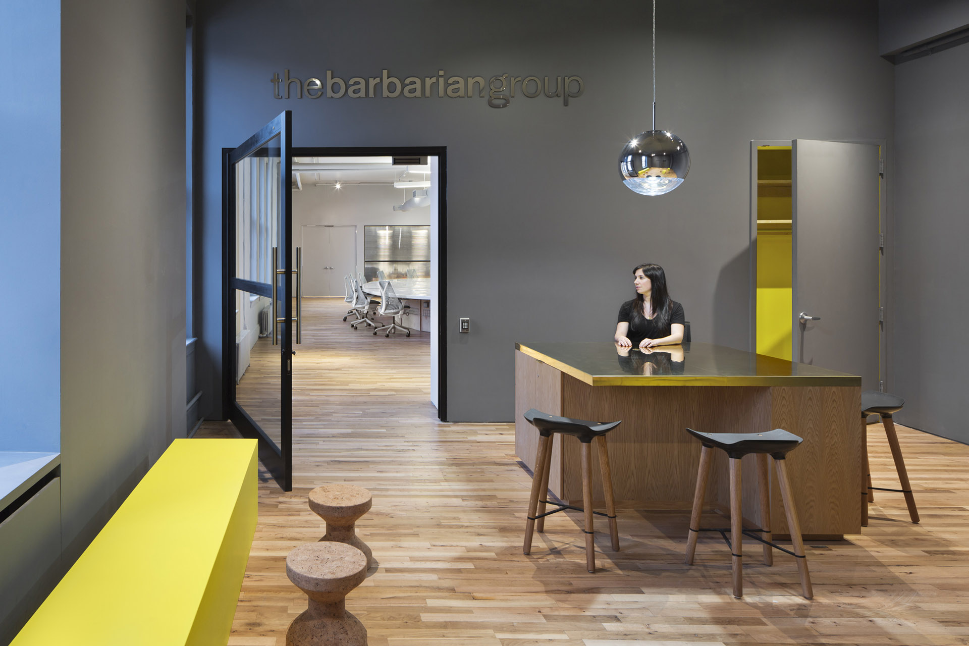 The_Barbarian_Group 5 Amazing Offices that Will Make You Want to Work Overtime Inspiration