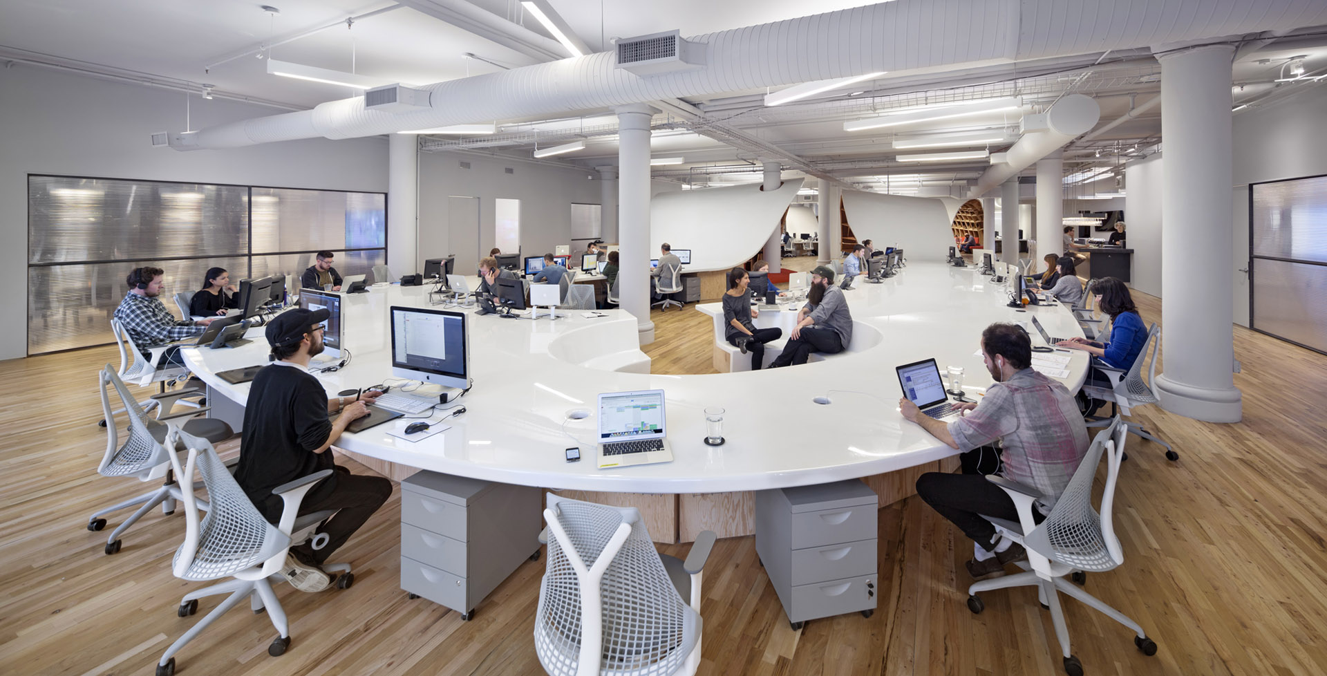 The_Barbarian_Group_1 5 Amazing Offices that Will Make You Want to Work Overtime Inspiration