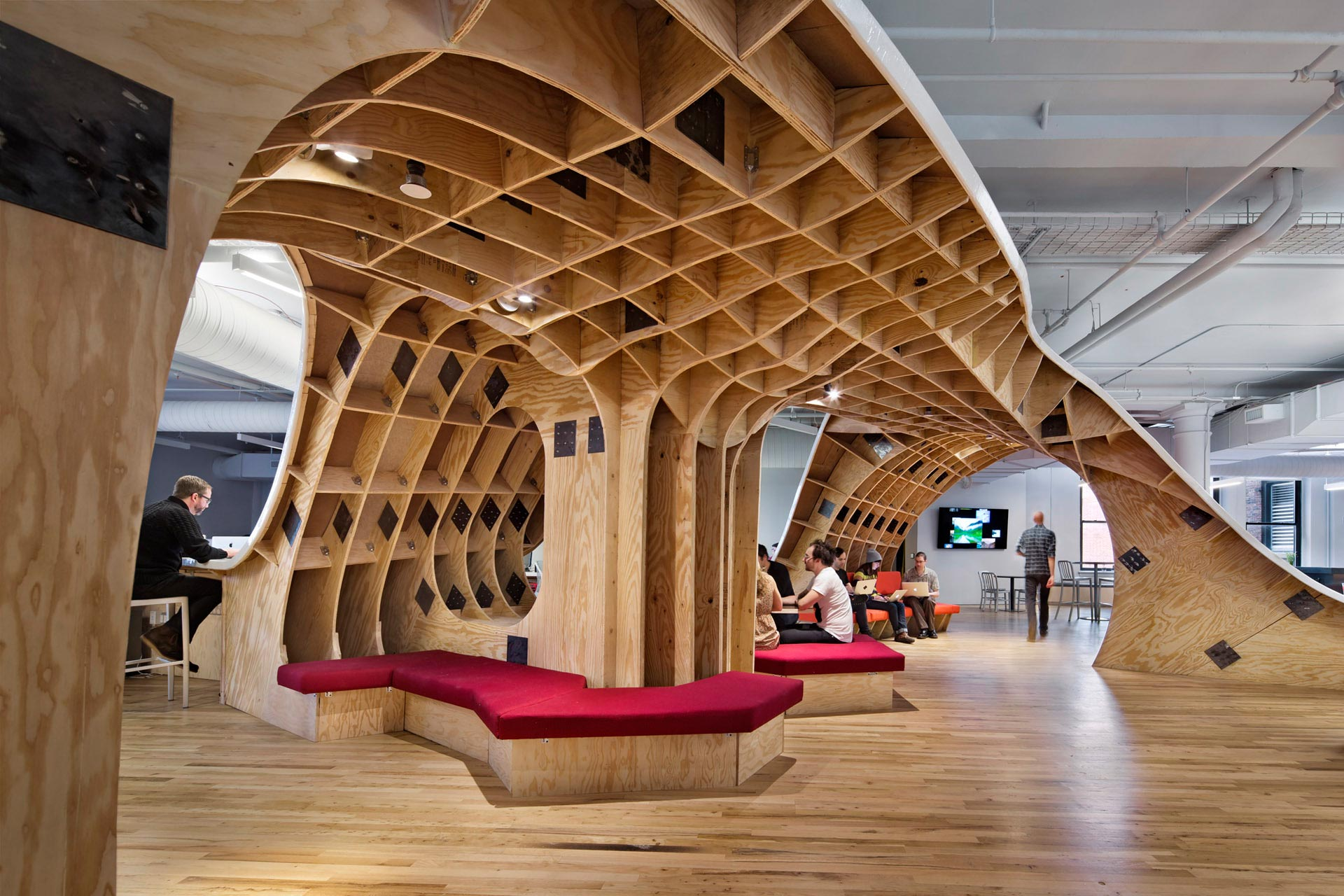 The_Barbarian_Group_4 5 Amazing Offices that Will Make You Want to Work Overtime Inspiration