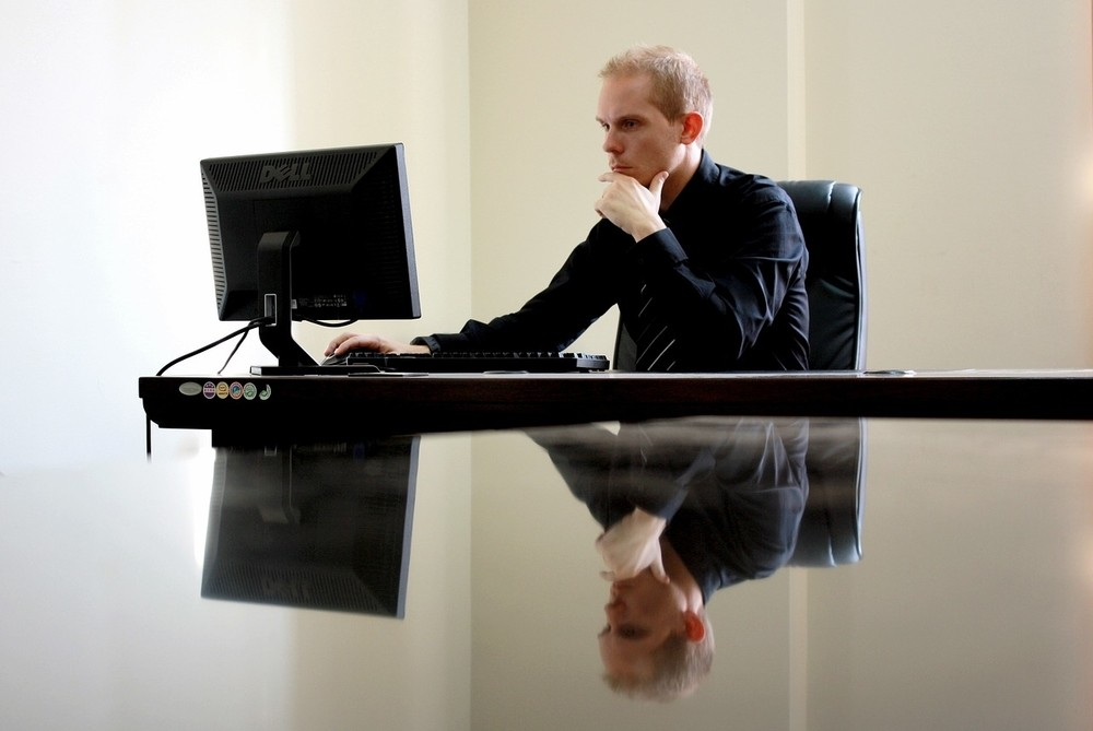 Webp.net-resizeimage-1-8 Improve Your Posture with an Ergonomic Chair Future of Work