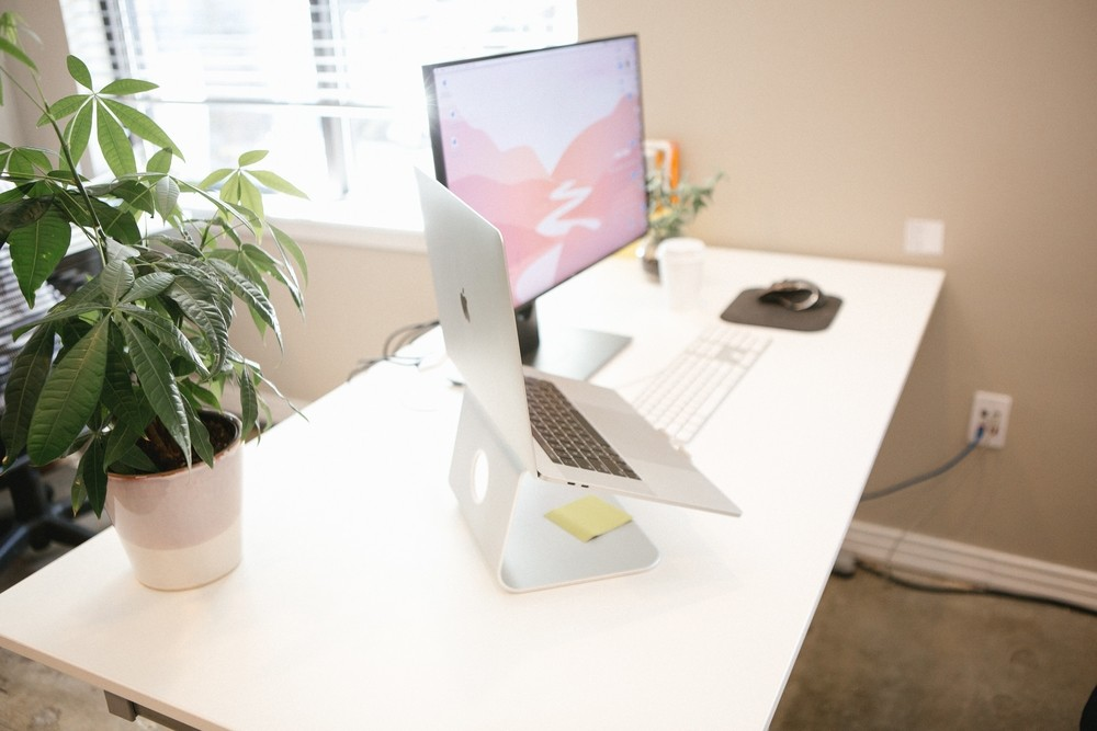 Webp.net-resizeimage-15-1 10 Benefits of Standing Desks Future of Work