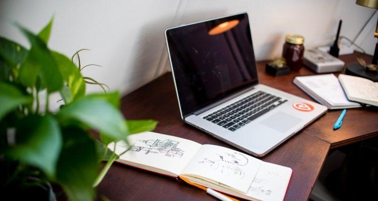Webp.net-resizeimage-8-750x400 Trending Ergonomic Executive Desks Future of Work